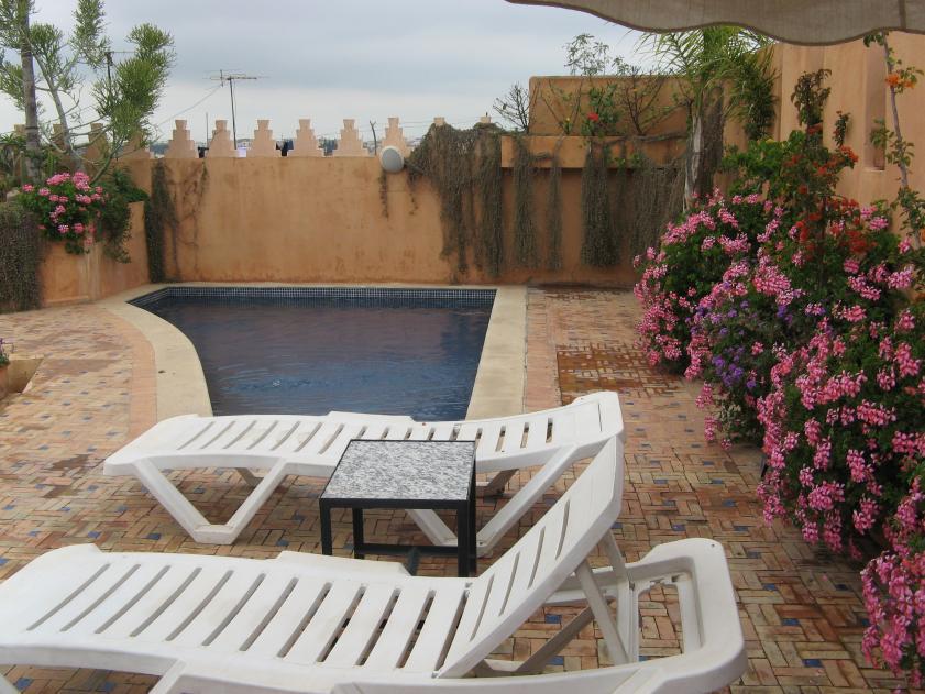 Jaja, en ZELFS een klein zwembadje..handig voor op HOT days :p